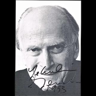 Yehudi Menuhin Autograph on Portrait Photoprint. CoA