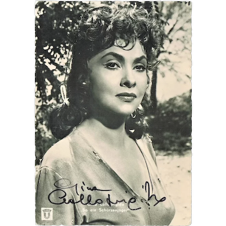 Gina Lollobrigida Autograph. Early, hand signed, Photo. CoA