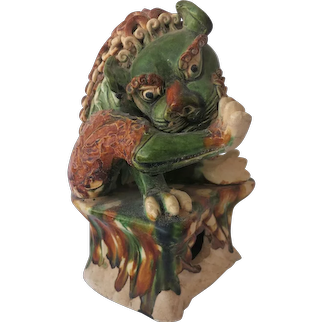 Old Chinese Lion Glazed Tang San Cai