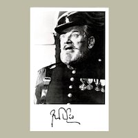 Peter Ustinov Autograph Signed Photo  from 1981 CoA