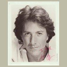 Dustin Hoffman Autograph: 8 x 10 inches. CoA