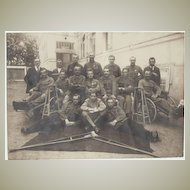 W.W.I.: Vintage Photo with soldiers at a Hospital.