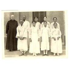 1939: b/w Photo Korea. Baptized Women and Men.