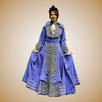Fabulous Victorian Ladies Coat with Lambswool