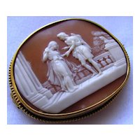 Antique Victorian Carved Shell Cameo Yellow Gold Brooch Court Scene Romeo Juliet