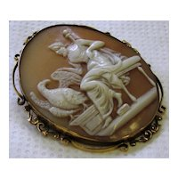Antique Victorian 9K Yellow Gold Cameo Brooch Zeus and Eagle