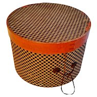 Round Checkered Hat Box ca1900