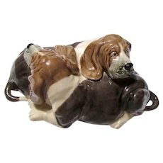 Pair Heredities England Creamware Basset Hound Dogs 8 Inches Vintage
