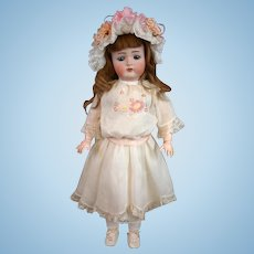 """Extremely Sweet Kammer & Reinhardt 403 Antique Bisque Girl 23"""" in White Lacy Costume"""