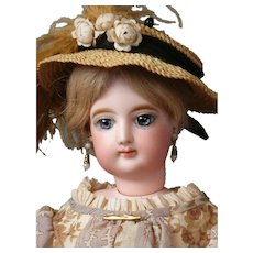 """*Lady of the House* Francois Gaultier Fashion Doll 18.5"""" in Stunning Ensemble"""