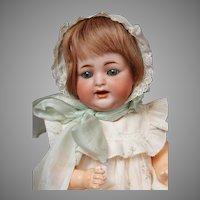 """Delightful Kammer & Reinhardt 126 Character Baby 11"""" -- Such a Cherub!"""