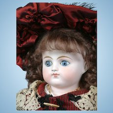 "Exquisite Alt Beck & Gottschalk Turned-Head Closed Mouth Fashion Girl 21"" in Red & Black Ensemble"