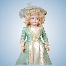 "Lovely 22"" Schoenau & Hoffmeister Girl in Vintage Costume"
