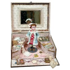 "7.5"" Kammer & Reinhardt Walker in Trousseau Presentation Box"