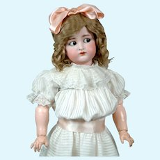 "Adorable 27"" Simon & Halbig/Kammer & Reinhardt Flirty with Original Wig"
