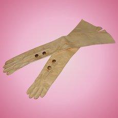 ~~~ Rare French Poupee Opera - Gloves ~~~