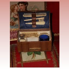 ~~~ On HOLD for F. // France 1875 Poupee Leather Necessaire ~~~