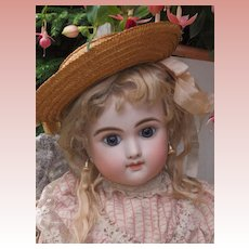 ~~~ Rare French Mystery Bebe with Delicate Expression ~~~