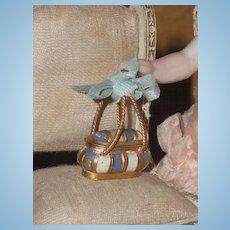 ~~~ Very Tiny Bomb-Style Bag for Mignonette ~~~