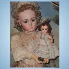 "~~~ Rare 9"" Size 1 Mademoiselle Jumeau in Pretty Antique Clothing ~~~"