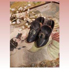 ~~~ Unusual Antique Fashion Doll Shoes ~~~