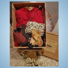 ~~~ Pretty Fashion Doll Winter Set in Original Box ~~~