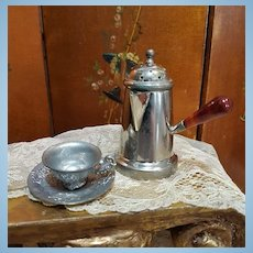 ~~~ Rare small Hot Chocolate Pot with Cup for French Poupee / 1890 ~~~