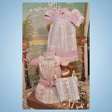 ~~~ Lovely French Factory Doll Dress and Lingerie Ensemble in Presentation ~~~