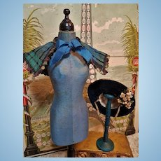 ~~~ Pretty French Fashion Doll Cape and Bonnet / 1870 ~~~