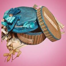 ~~~ Pretty French Blue Flat Topped Fashion Bonnet with Hat Box ~~~