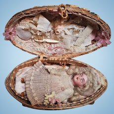 "~~~ Lovely "" Oeuf de Paques "" Mignonette Presentation from Etrennes circa 1895 ~~~"