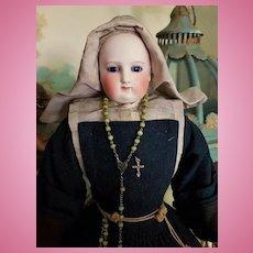 ~~~ Rare French Parisienne Poupee Nun with Provenance .... circa 1860 ~~~