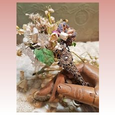 ~~~ Rare early Flowers Bouquet Holder for French Doll or Poupee / 1870 ~~~