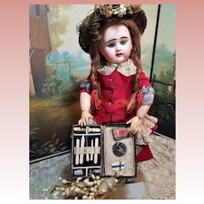 ~~~ Lovely Antique French Nécessaire Bag for Doll Decoration ~~~