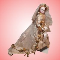 ~~~ Gorgeous all Original French Bisque Jumeau Poupee in Bride Presentation ~~~