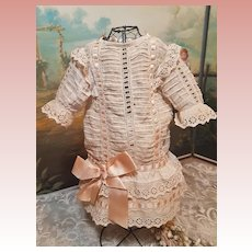 ~~~ Lovely 19th. century French Muslin Doll Dress ~~~