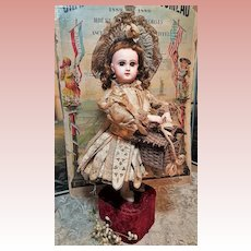"~~~ Rare "" Bebe Niche"" Antique Musical Automaton by Lambert ~~~"
