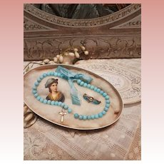 ~~~ Beautiful Doll Factory Blue Bead Necklace and Brooch in Box ~~~