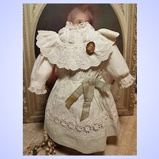 ~~~ Pretty Two Piece Set of 19th. century Antique Bebe Costume ~~~