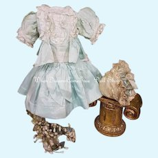 ~~~ Pretty Home made 19th. century Bebe silk Costume with Bonnet ~~~
