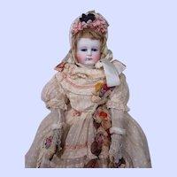 ~~~ Beautiful Early 1860 th. French Parisienne Poupee with original Presentation Box ~~~