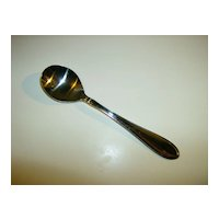 Sugar Spoon ~ Cambridge Silversmiths ~ Evanstan Pattern
