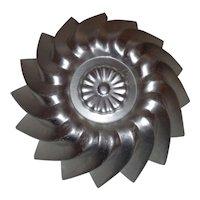 Aluminum Jello Mold Pinwheel