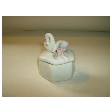 Porcelain Swan Trinket Box ~ Made in China