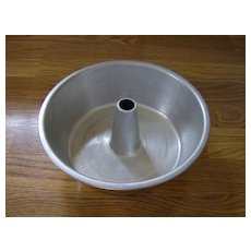 Aluminum Angle Food Cake Pan