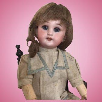 """Sweet, tiny French SFBJ - DEP bébé - 9 7/8 """" (25 cm)"""