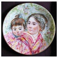 Edna Hibel 'Sayuri & Child' Signed, Royal Doulton, 1974 - Collector's Art Plate, Limited Edition, Box, China