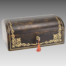 Vintage Kidskin Leather Dome Top Jewelry Box - Gold Embossed - Locking