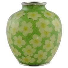 Vintage Japanese Green Plique-à-Jour Cloisonne Vase - Yellow Flowers