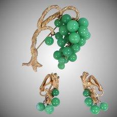 Nice Peking Glass Simulated Dripping Jade Beads Oriental Brooch & Matching Earrings